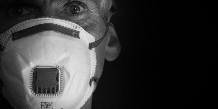 Historias de una escalera confinada: 4º 2ª  Mi reclusión con un hipocondríaco